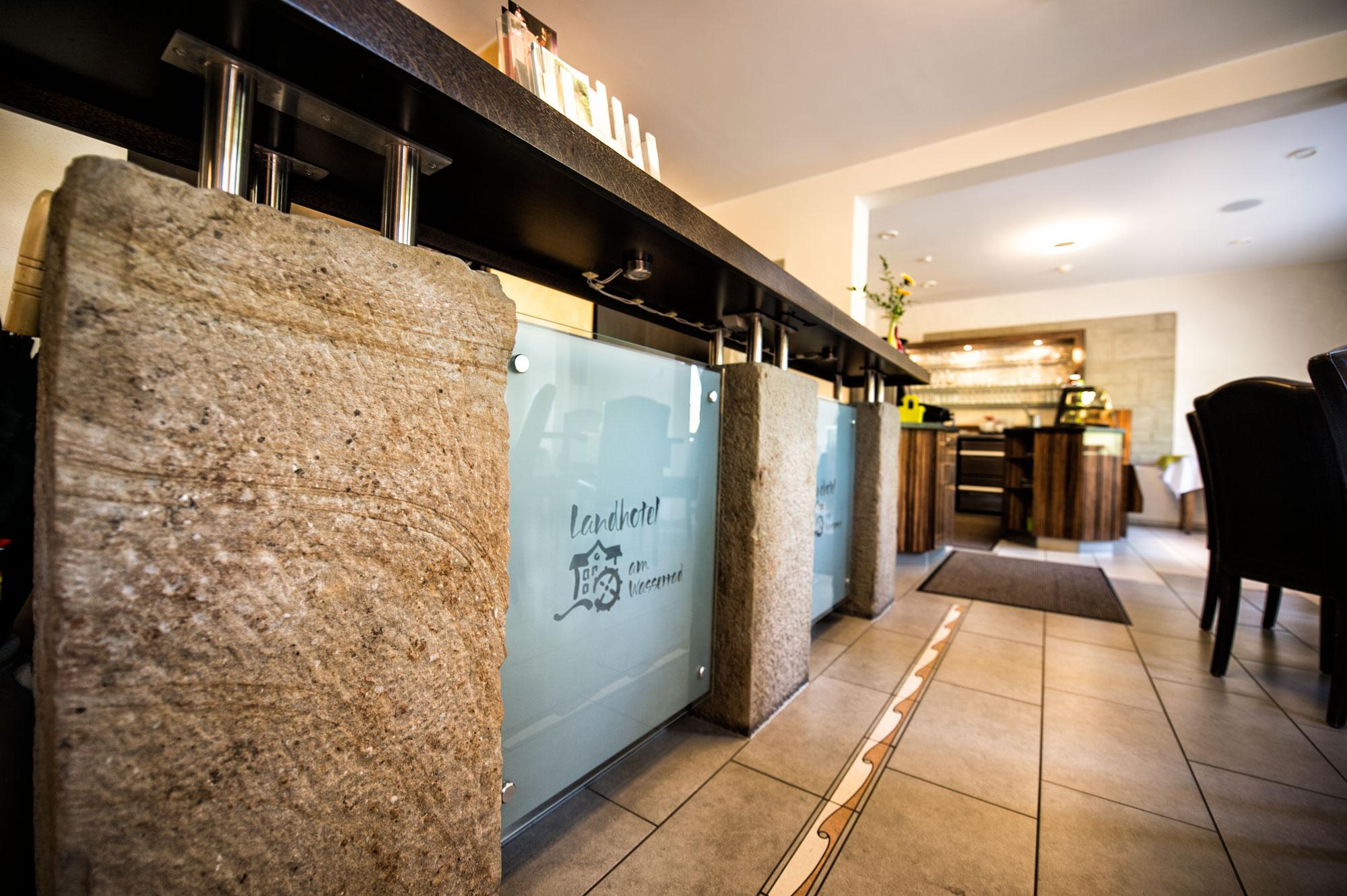 Hotel-Wasserrad-Cafe-2