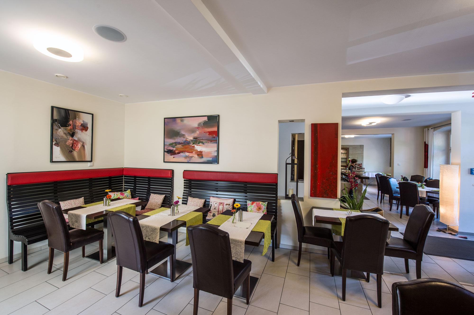 Hotel-Wasserrad-Cafe-3