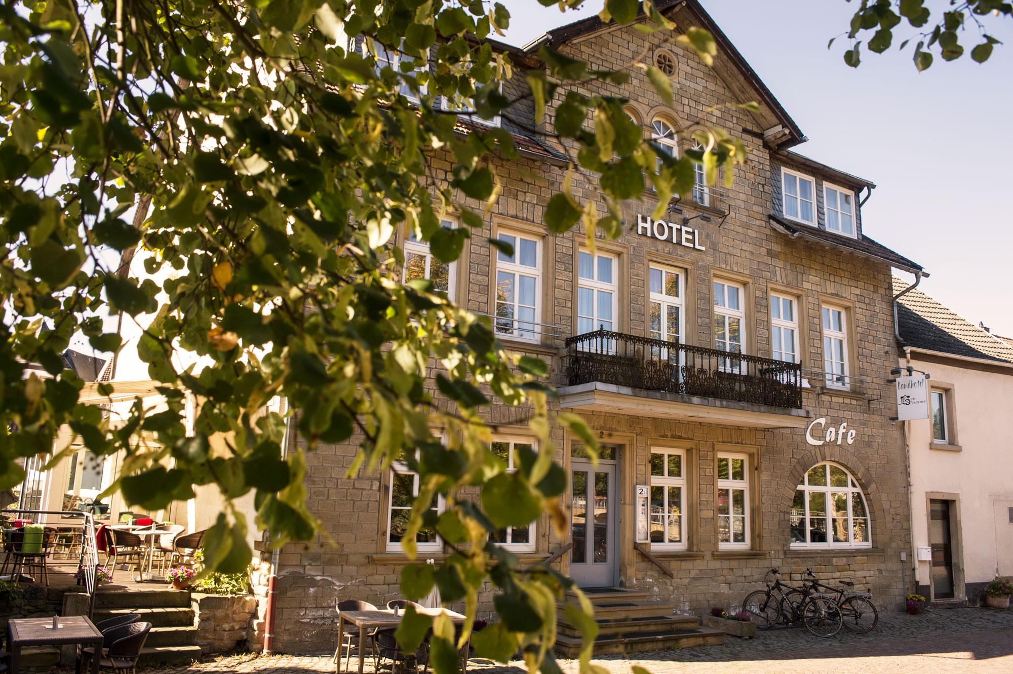 Hotel-Wasserrad-Front-2